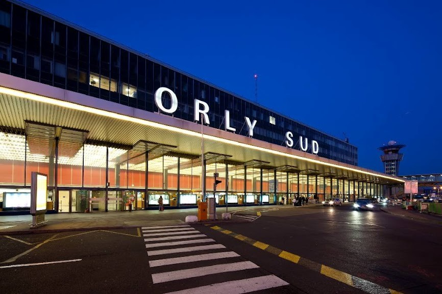 l'Aéroport Orly near me
