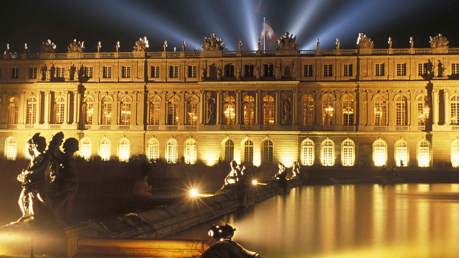 Versailles near me